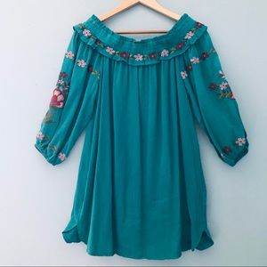 Umgee NWT Floral Embroidered Dress/Tunic